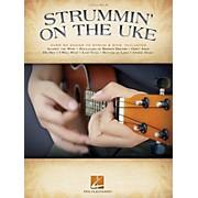 Hal Leonard Strummin' on the Uke (Melody/Lyrics/Chords) Ukulele Series Softcover Performed by Various