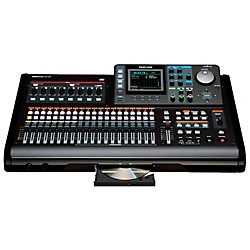 Tascam DP-32 Digital 32-Track Portastudio (DP-32)