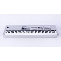 Yamaha MO8 88-Key Music Production Synthesizer Workstation with DAW Control (USED007036 MO8)