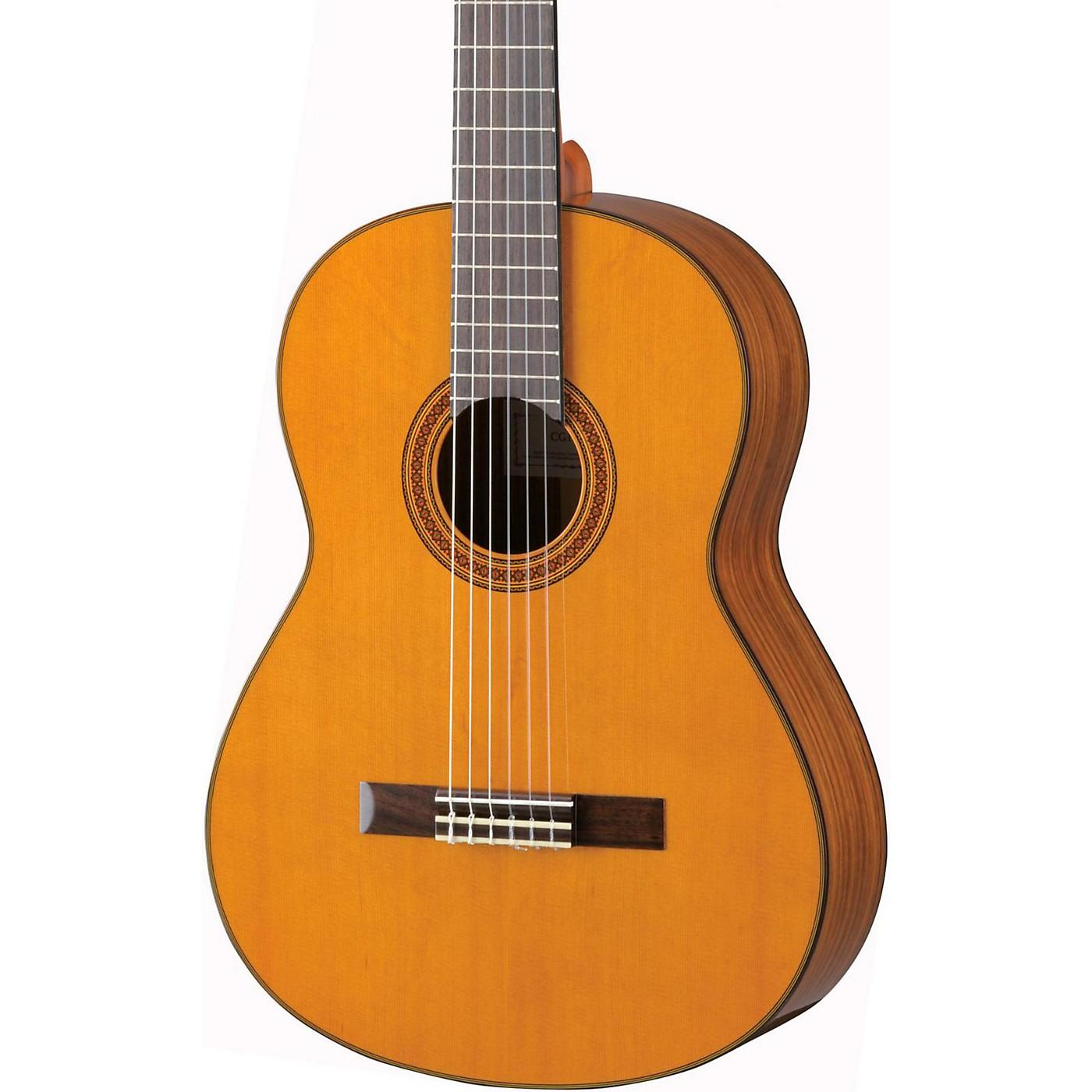 Yamaha CG162C Cedar Top Classical Guitar thumbnail