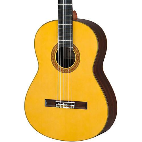 Yamaha GC32 Handcrafted Classical Guitar thumbnail