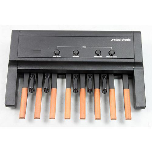 Studiologic MP-113 Dynamic MIDI Foot Controller Pedal Board-thumbnail