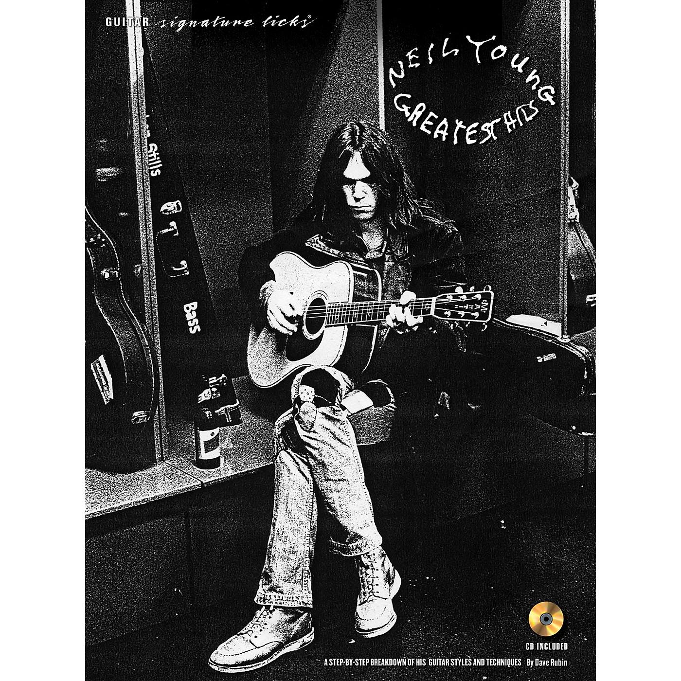 Hal Leonard Neil Young - Guitar Signature Licks Book/CD thumbnail