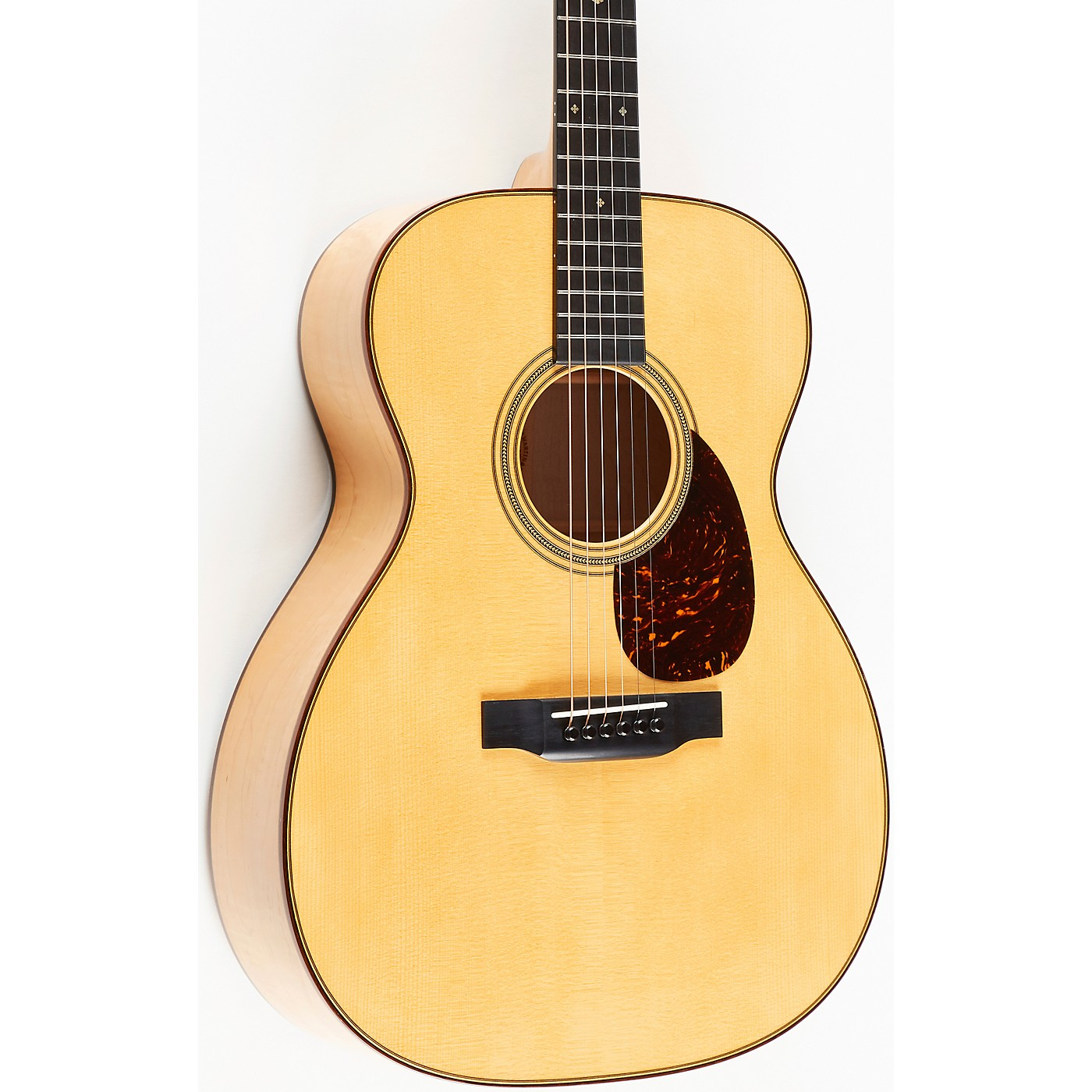 Martin OM-28 Limited-Edition Soft Red Curly Maple Grand Auditorium Acoustic Guitar thumbnail