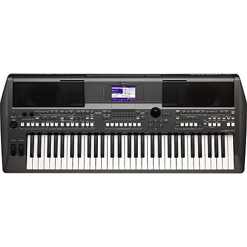 Yamaha PSR-S670 61-Key Arranger Workstation thumbnail