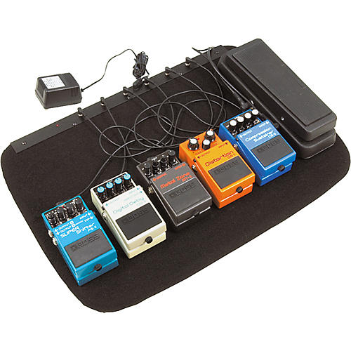 Musician's Gear Powered Pedal Board and Gig Bag-thumbnail