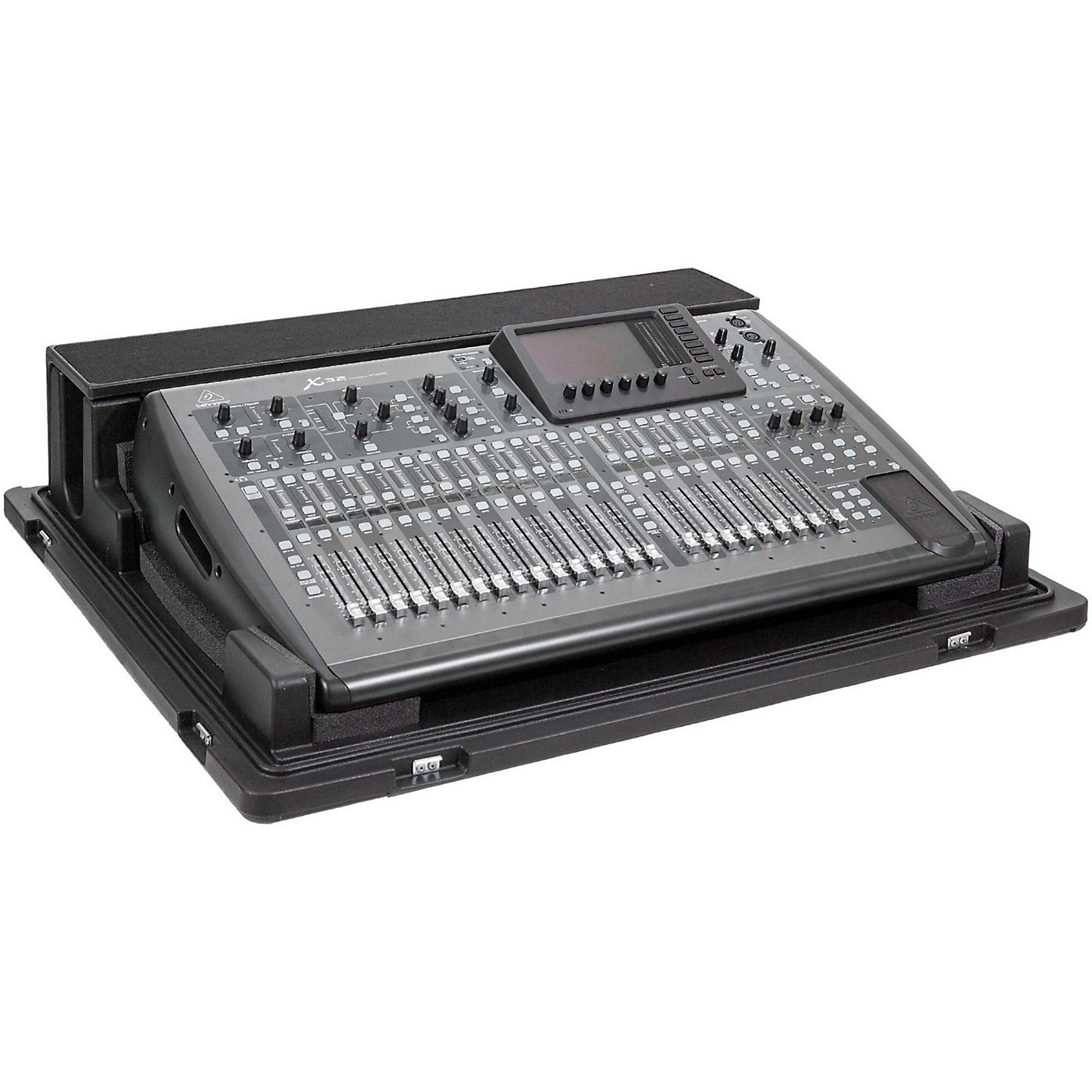 SKB Rolling Mixer X32 Case with Doghouse thumbnail