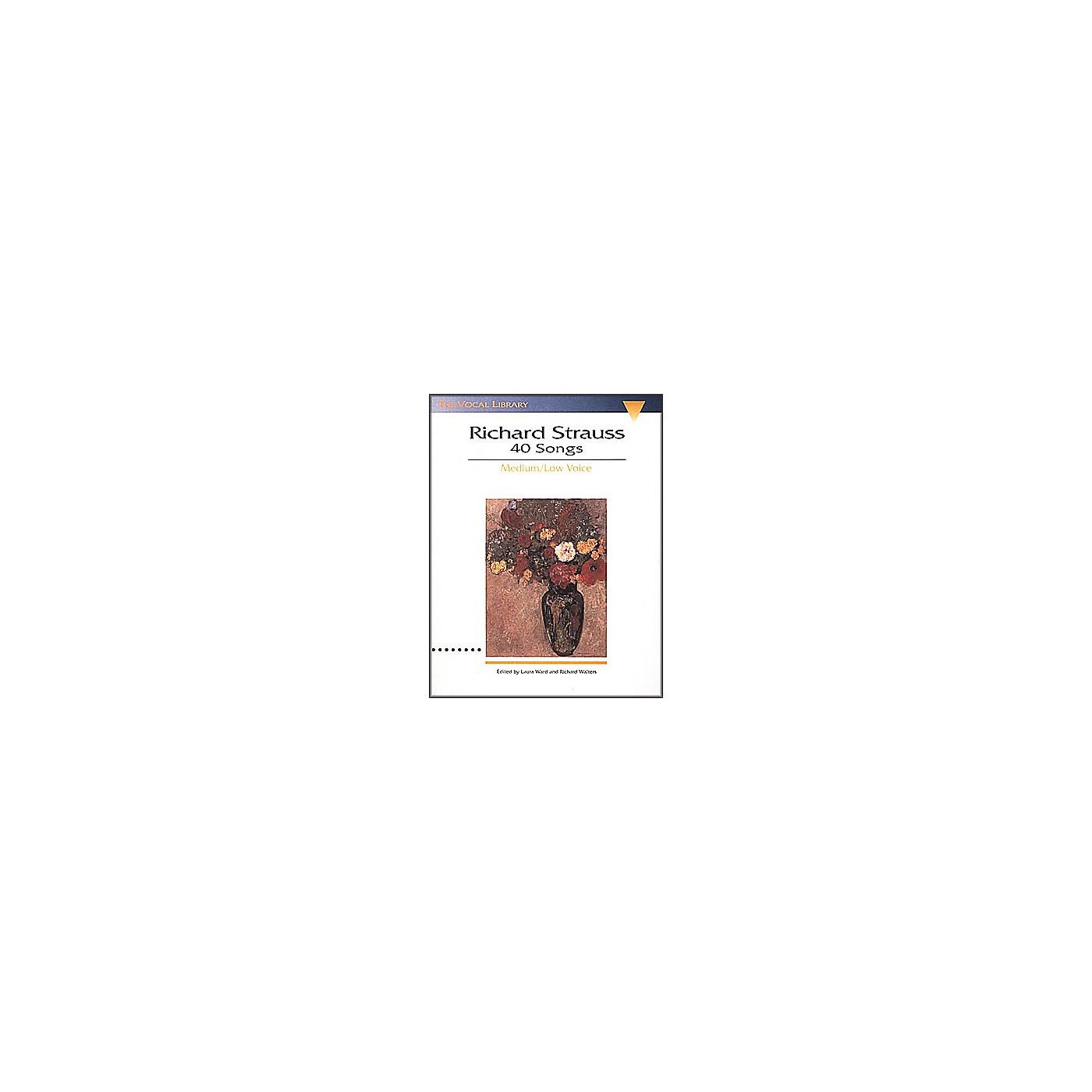 Hal Leonard Songs Of Richard Strauss - 40 Songs for Medium / Low Voice thumbnail