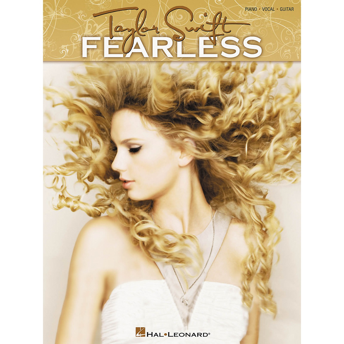 Hal Leonard Taylor Swift - Fearless Songbook for Piano, Vocal, and Guitar thumbnail