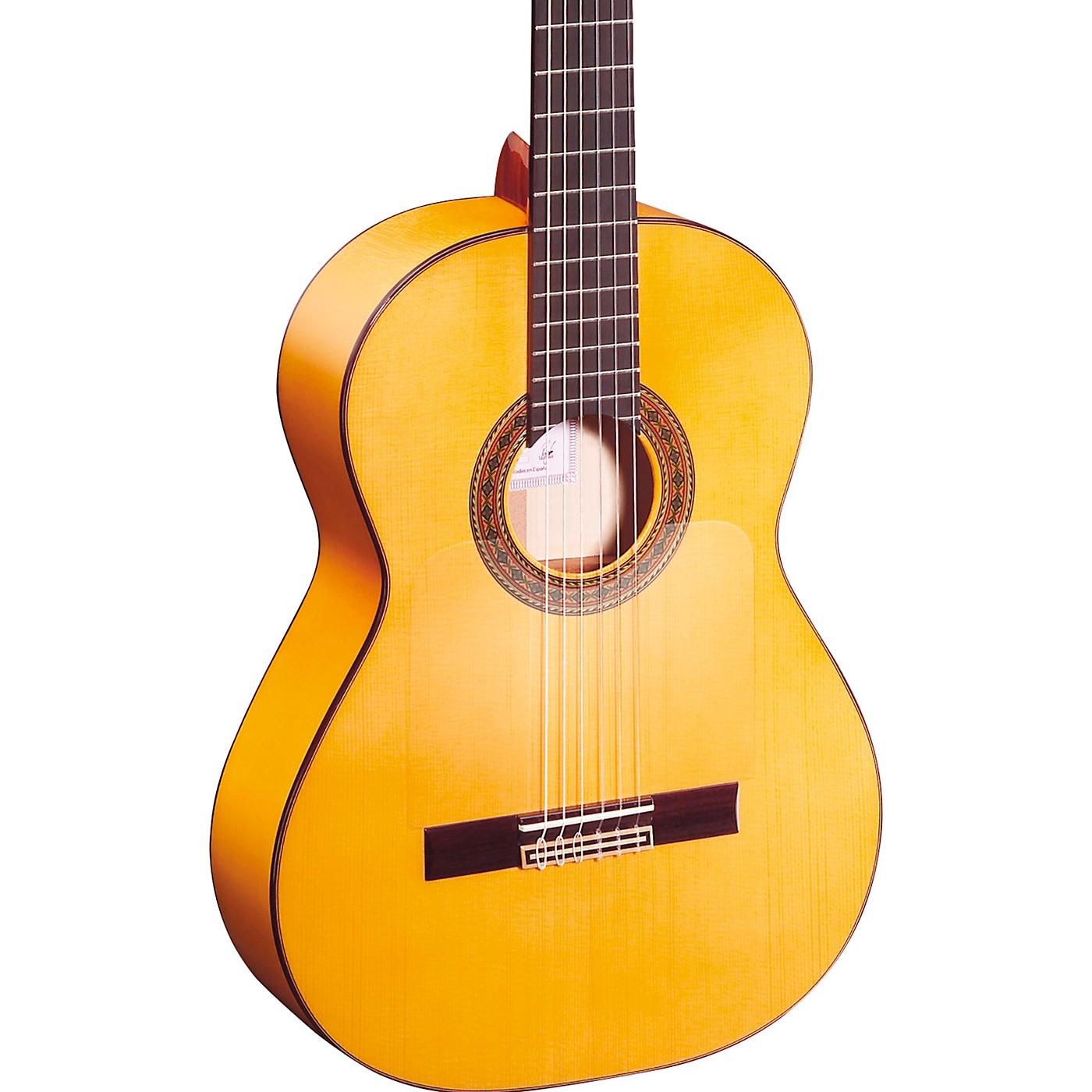 Ortega Traditional Series R270F Flamenco Guitar thumbnail